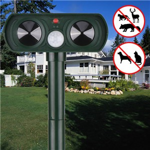 Ultrasonic Solar Power Pest Animal Repeller Repellent Garden Bat Cat Dog Foxes