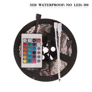 LemonBest - (Non-Waterproof) 5M/roll 300 LEDs RGB SMD 3528 Flexible led Strip Light with 24Keys IR Remote